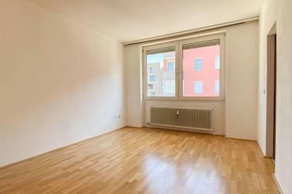 Helle 1-Zimmer-Wohnung im Stadtteil Salzburg Süd