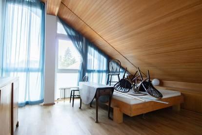 Teilsanierte 2-Zimmer-Maisonettwohnung- ruhig & zentrumsnah