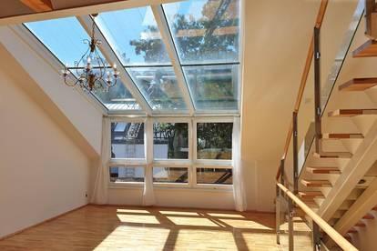 Sonnige Maissonette mit Dachschrägen und eigener Garten-SitzEcke (Warm-Miete)