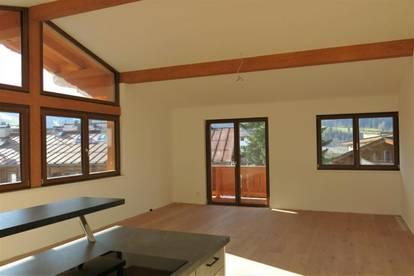 Ellmau: Große Dachgeschoß-Wohnung im Zentrum zu mieten, Top 8