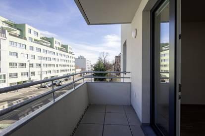 Erstbezug - Schicke 2 Zimmer mit Balkon, Nähe U1 Kagraner Platz