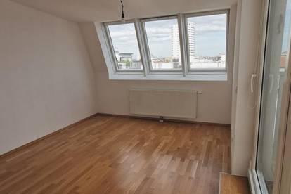 Entzückende DG-Maisonette mit 3 Zimmer u. Terrasse - Nähe U3 Ottakring