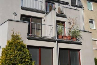 schicke 3-Zimmerwohnung mit Balkon in Gartenanlage nähe Stadtplatz in Ruhelage