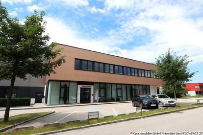 Neuwertiges Gewerbeobjekt Im Südpark - Halle mit Bürotrakt