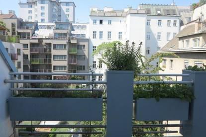 Freundliche, sehr helle 2-Zimmer-Wohnung mit Loggia Nähe Schloss Belvedere