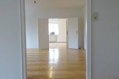 ERSTBEZUG nach Sanierung! 3-Zimmer Wohnung am Drasche Park