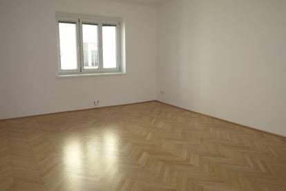3-Zimmer Wohnung am Drasche Park! Saniert und unbefristet!
