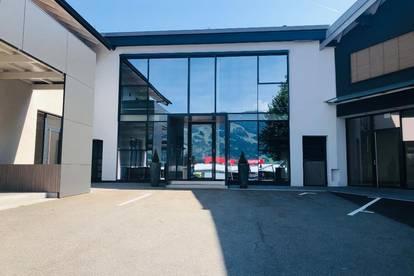 Modernes doppelstöckiges Büro an der B311 in Saalfelden!