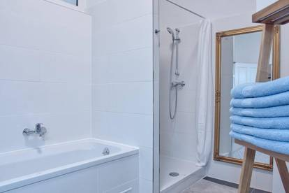 KUTSCHKERMARKT: ALL INCLUSIVE RENT: FULLY FURNISHED 3 ROOM APARTMENT (100 m2) !