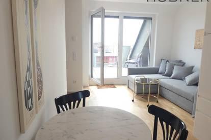 Provisionsfreie Kurzzeitvermietung bis 6 Monate! Perfekt möblierte 2- Zimmer Dachgeschosswohnung mit Terrasse