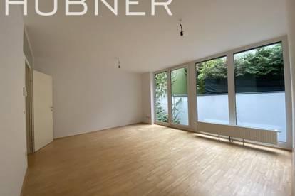 Blick ins Grüne!!! HOFSEITIGE 2-Zimmer-Wohnung im Architektenhaus!