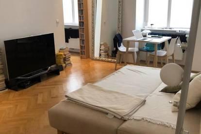 Ruhige 1,5 Zimmer Altbauwohnung im Stadtzentrum - unmittelbare Nähe zu U2 und Mariahilfer Straße