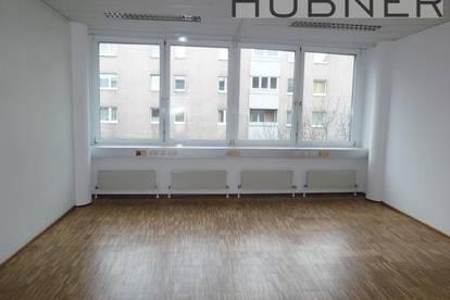 Johnstraße! Modernes, barrierefreies Büro! Garagenplätze verfügbar!
