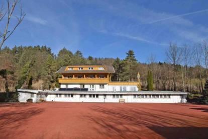 Außergewöhnliches Wohnobjekt mit 12 Wohneinheiten