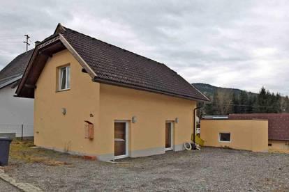 Kleines Wohnhaus mit 2 Wohneinheiten