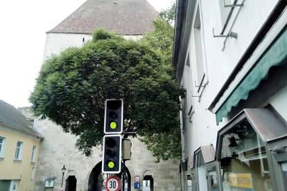 Ablösefreies Eck- Portallokal beim Wiener Tor