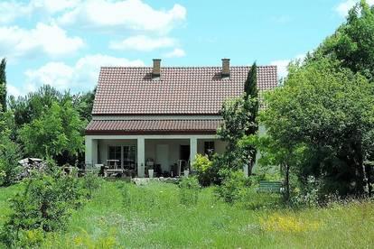 Erweiterbares Landhaus mit großem Grund im Schönen Marchfeld