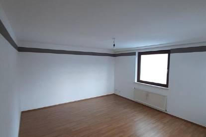 Villacher Straße / Schöne Loggiawohnung ab sofort zu vermieten!
