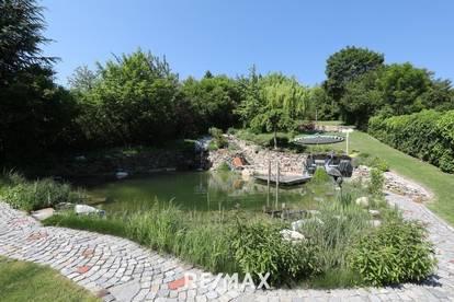 Villa in herrlicher Lage mit spektakulärem Garten