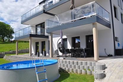 Neuwertige Doppelhaushälfte mit hochwertiger Ausstattung in herrlicher Aussichtslage(2283-2)
