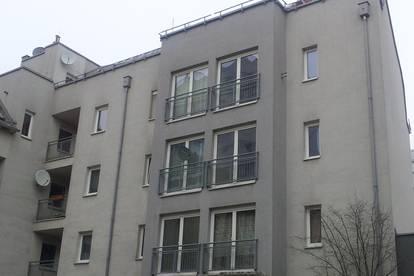Entzückende Wohnung mit Dachterrasse, StadtzentrumWels, Bahnhofsnähe !