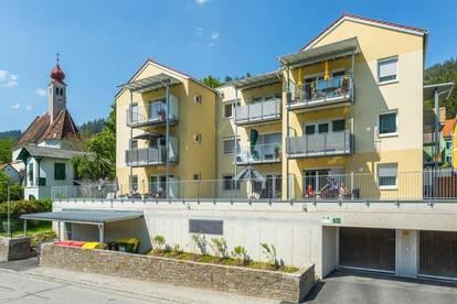 FAMILIENHIT! Neuwertige 4-Zimmer-Mietkaufwohnung mit Balkon + Tiefgarage!