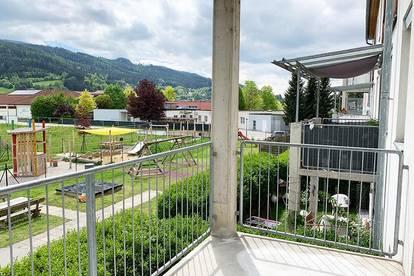 Sonnige Ausblicke! Freundliche 3-Zimmerwohnung mit Balkon - keine Provision!