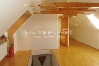 Moderne 2-Zimmer-Wohnung im Ortskern von Weinburg!