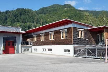 Gewerbeobjekt - Halle mit Büro 2.142m²