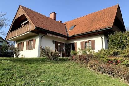 Großzügiges Haus in Sonnen- und Aussichtslage