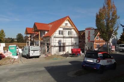 !!!PROVISIONSFREI und alles INKLUSIVE!!! Doppelhaushälfte mit Garten, Terrasse und Carport!