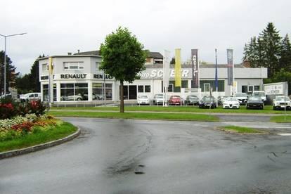 Modernes Autohaus mit Werkstätte