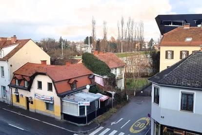 2 Häuser mit Grundstück gegenüber dem Stadion Liebenau