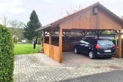 Sonniger Bauplatz mit Doppelcarport, Garten-Parkanlage