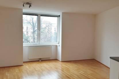 Top 1 Zimmer Wohnung neben Schubertpark
