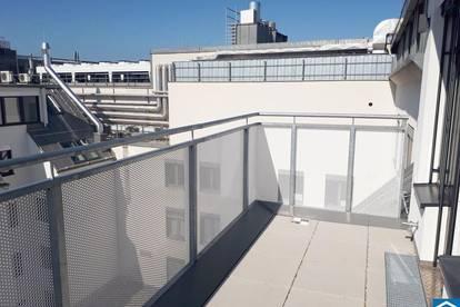 Schöne Dachgeschosswohnung mit Terrasse in zentraler Lage