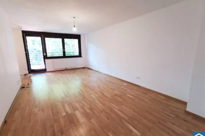 KOMPLETT SARNIERT - Großzügige 3 Zimmerwohnung mit Freifläche in Grünruhelage