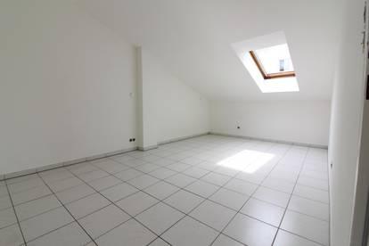 Neusanierte 2-Zimmer-Studentenwohnung zentral gelegen bei Universität-Graz und USI