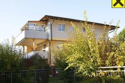 Gepflegte 3-Zimmer-Dachgeschosswohnung zur Vermietung