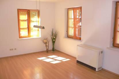Gepflegte 2 Zimmer Mietwohnung in zentraler Lage von Mondsee !!!
