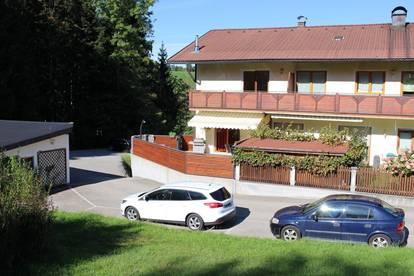 Gemütliche Ruheoase - 3 Zi. Gartenwohnung ca. 84 m² Wfl. in Mondsee-Höribach, Einzelgarage und großem Kellerraum ! ! ! Pelletsheizung ! ! !