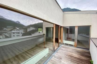 Helle und schöne Dachterrassen-Wohnung mitten in Umhausen ab sofort zu vermieten!!!