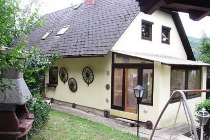 Wohnungseigentum auf 1774 m² großem Grundstück in Puchenau