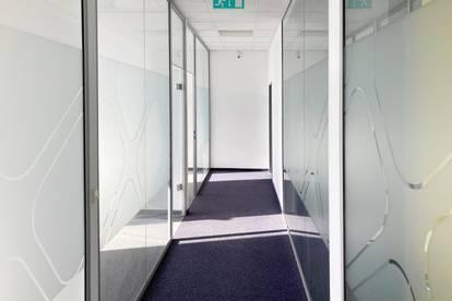 Helle Büroflächen in top Lage direkt bei der U6