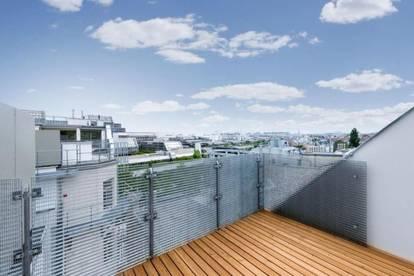 Erstbezug - neuausgebaute Dachgeschoßwohnung mit Terrasse