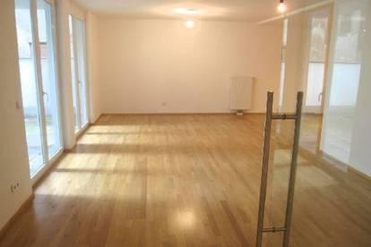 Terrassenwohnung im Erdgeschoß, hofseitig - 3 Zimmer