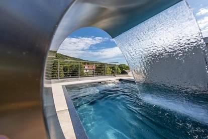 LUXUS PENTHOUSE mit POOL und 360° Grad BLICK auf NEUSTIFT AM WALDE