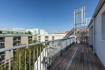 Erstbezug - neu ausgebaute Dachgeschoßwohnung - Nähe Augarten