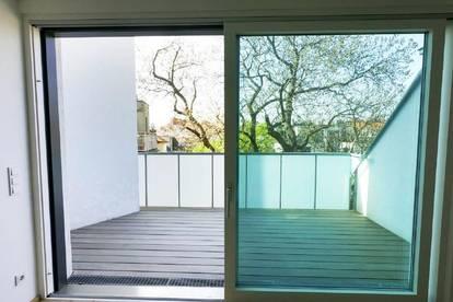 ERSTBEZUG - DACHGESCHOSS MAISONETTE mit Terrasse zur MIETE