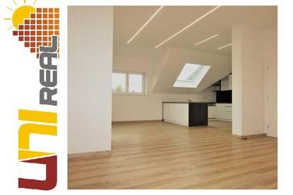 - UNI-Real - Cooles Dachgeschoss!